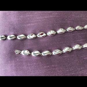 Silver necklace and bracelet set